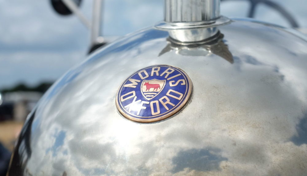 Bullnose Morris badge