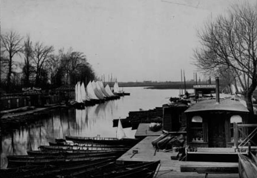 Bossoms Boatyard
