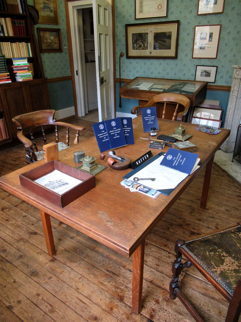 The Gaffer's Desk